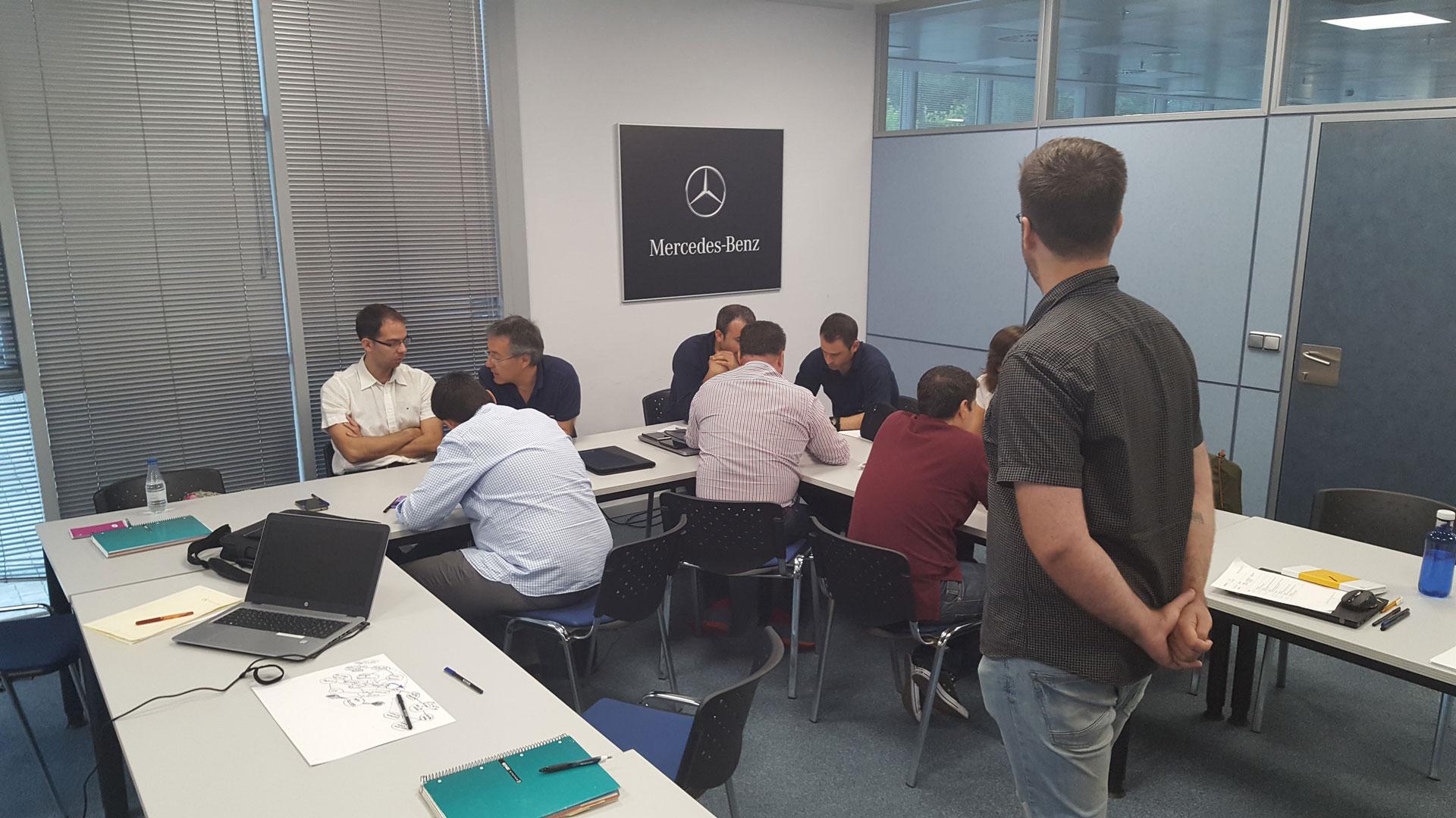 Mercedes Benz, iphonedroid